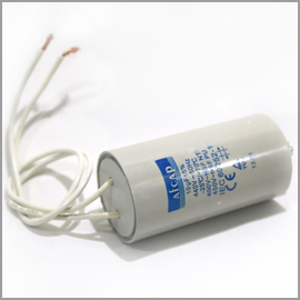 Capacitor 440V 10uF with Leads